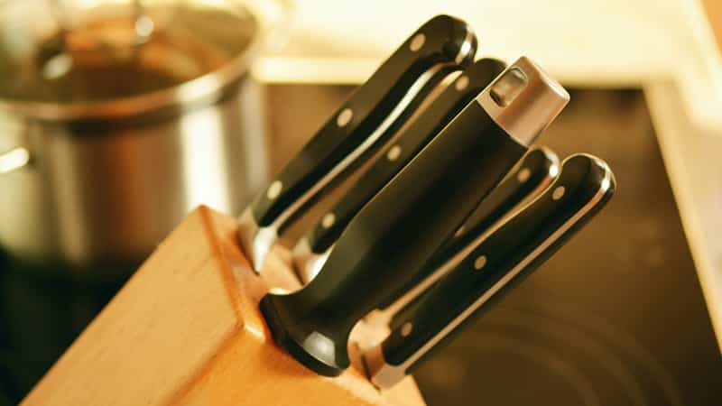 Ceramic vs Steel Kitchen Knives - What are the Differences?
