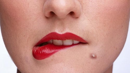 Pimple on Lip: Causes and Effective Natural Treatments