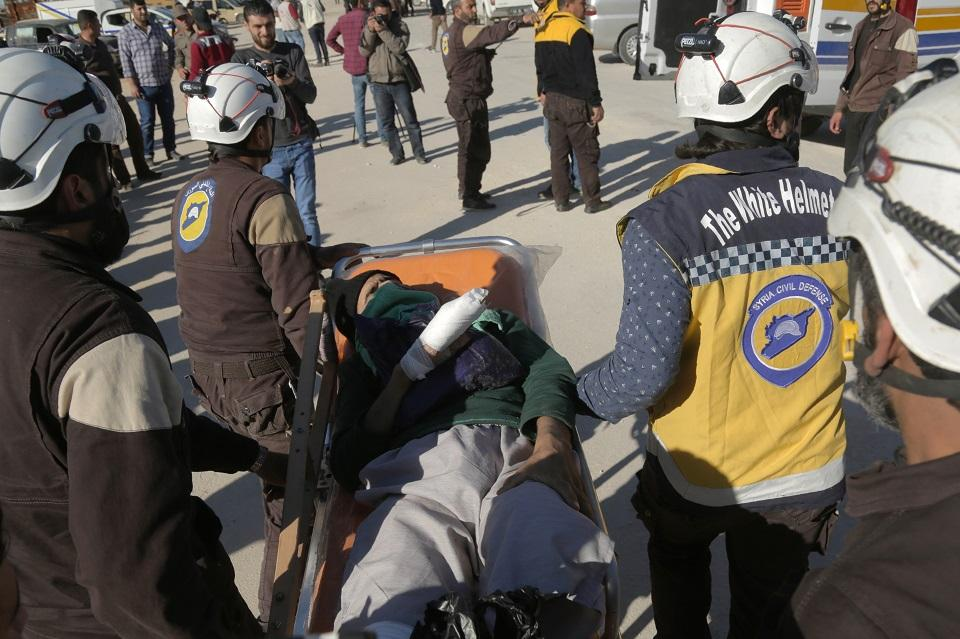 "Western Aid: Syrian ""White Helmets"" fly to Jordan with Israeli"
