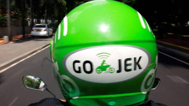 Go-Jek Takes Ride-Hailing Fight to Grab's Home in Singapore
