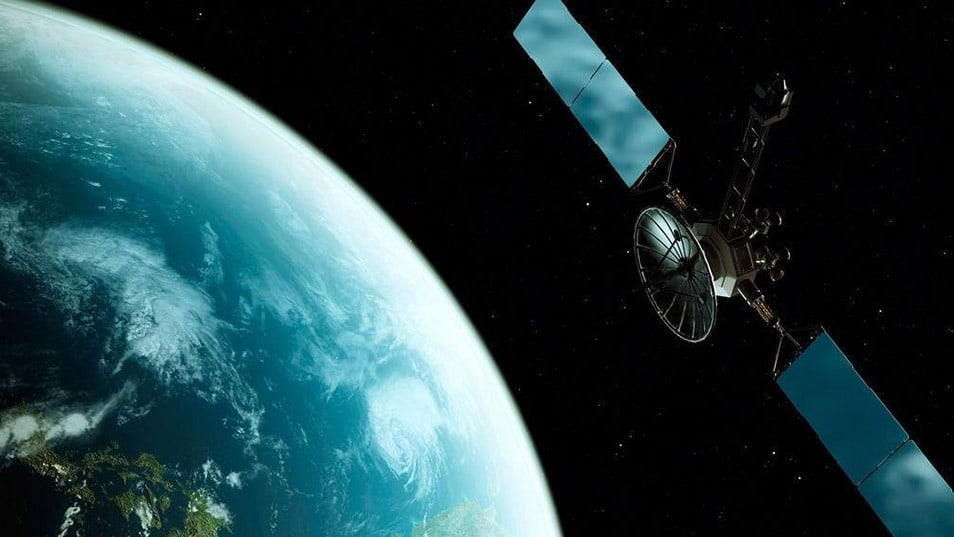 U.S. satellite service offers to sell minority stake to Russia Government