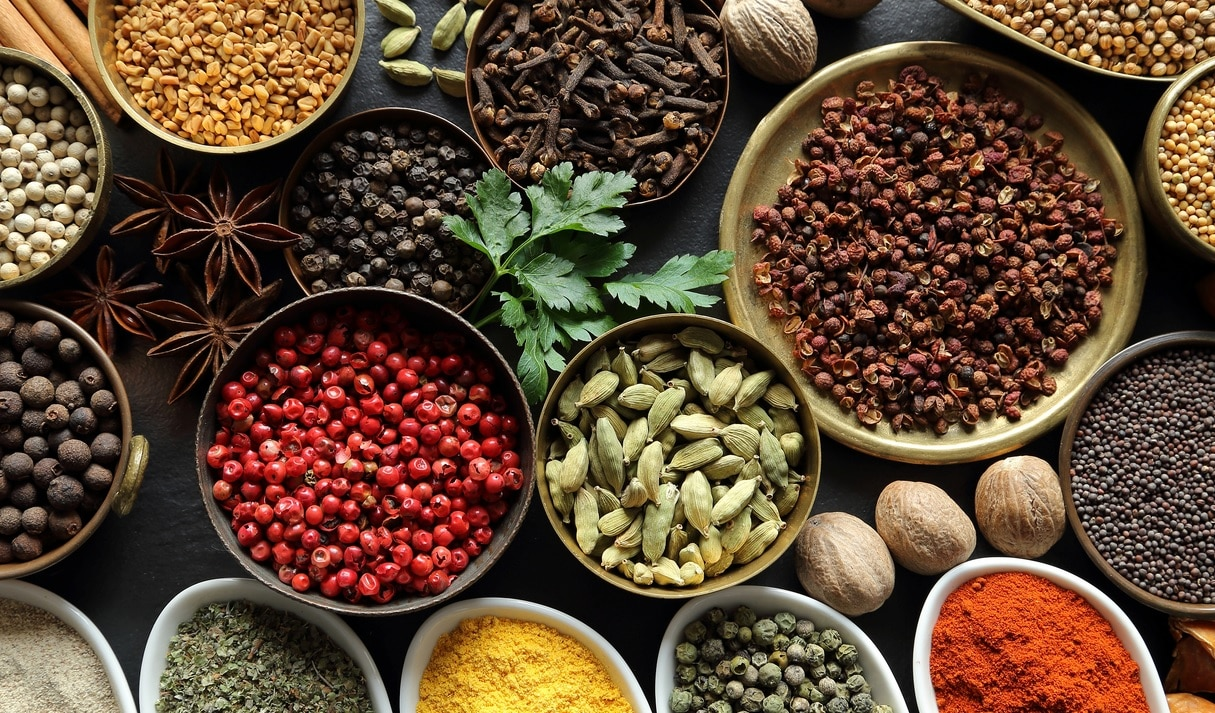 10 Powerful Anti-inflammatory Herbs You Have In Your Kitchen Right Now