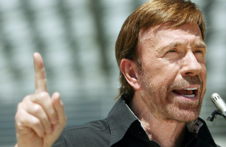 Chuck Norris warns patriots that the U.S. COVID lockout will come up against marcial rule