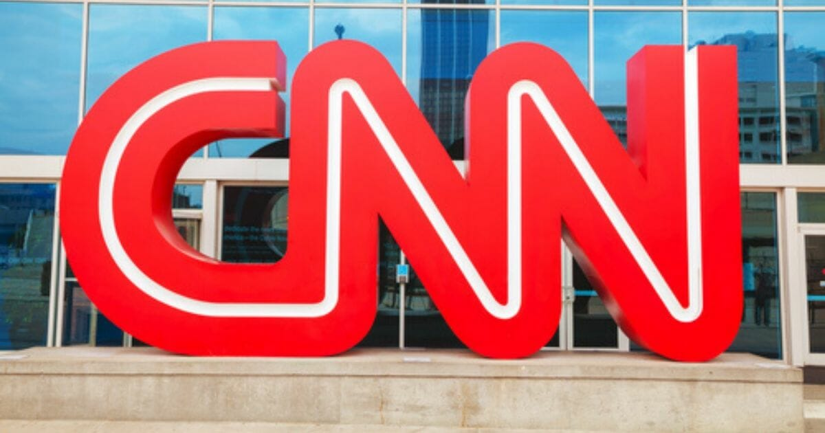 CNN's 'Fact Check' anti-trump is revealed as a total lie. Ex-CIA Analyst