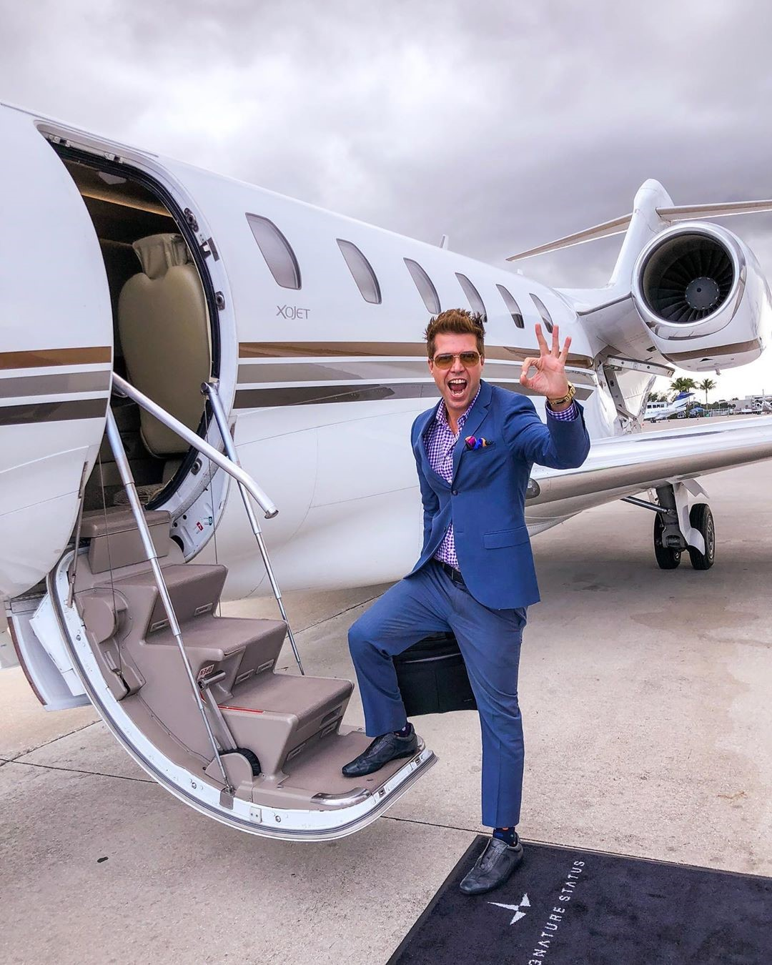 FROM A SERIOUS IMMIGRATION LAWYER TO A SUCCESSFUL INFLUENCER – GIANNI MENDES TONIUTTI KNOWS HOW TO LIVE LIFE