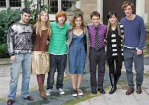 Robert Pattinson with Harry Poter cast