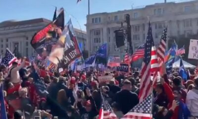 Pro-Trump Audience Breaks Out in Patriotic Music, Everybody Sing 'Star-Spangled Banner'
