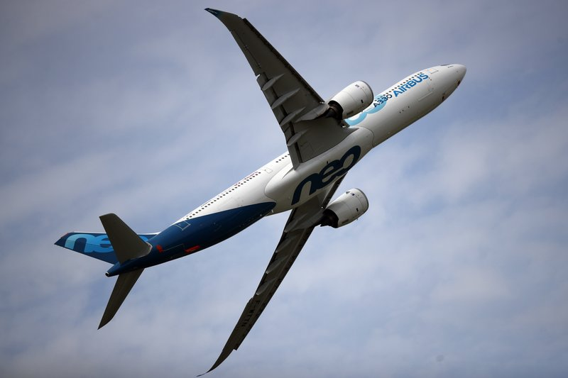 In the midst of a pandemic, Airbus lost $1.3 billion; hopes better for 2021