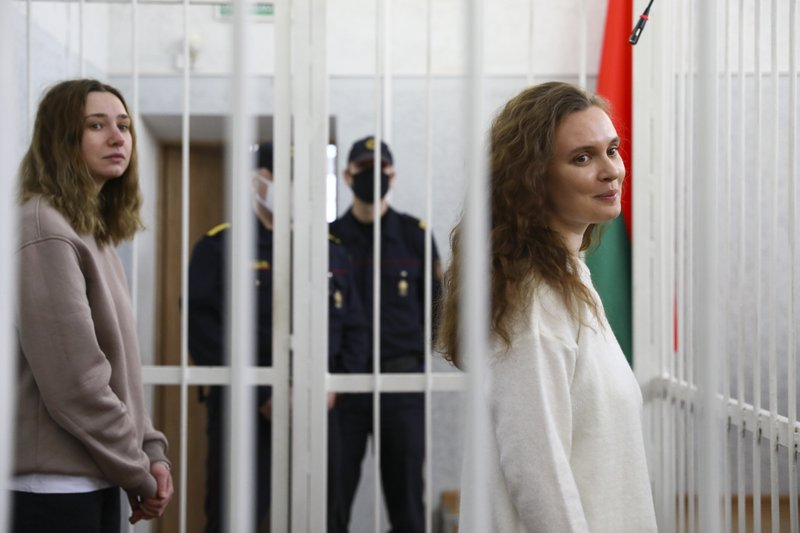2 Belarusian reporters sent to jail for reporting demonstrations