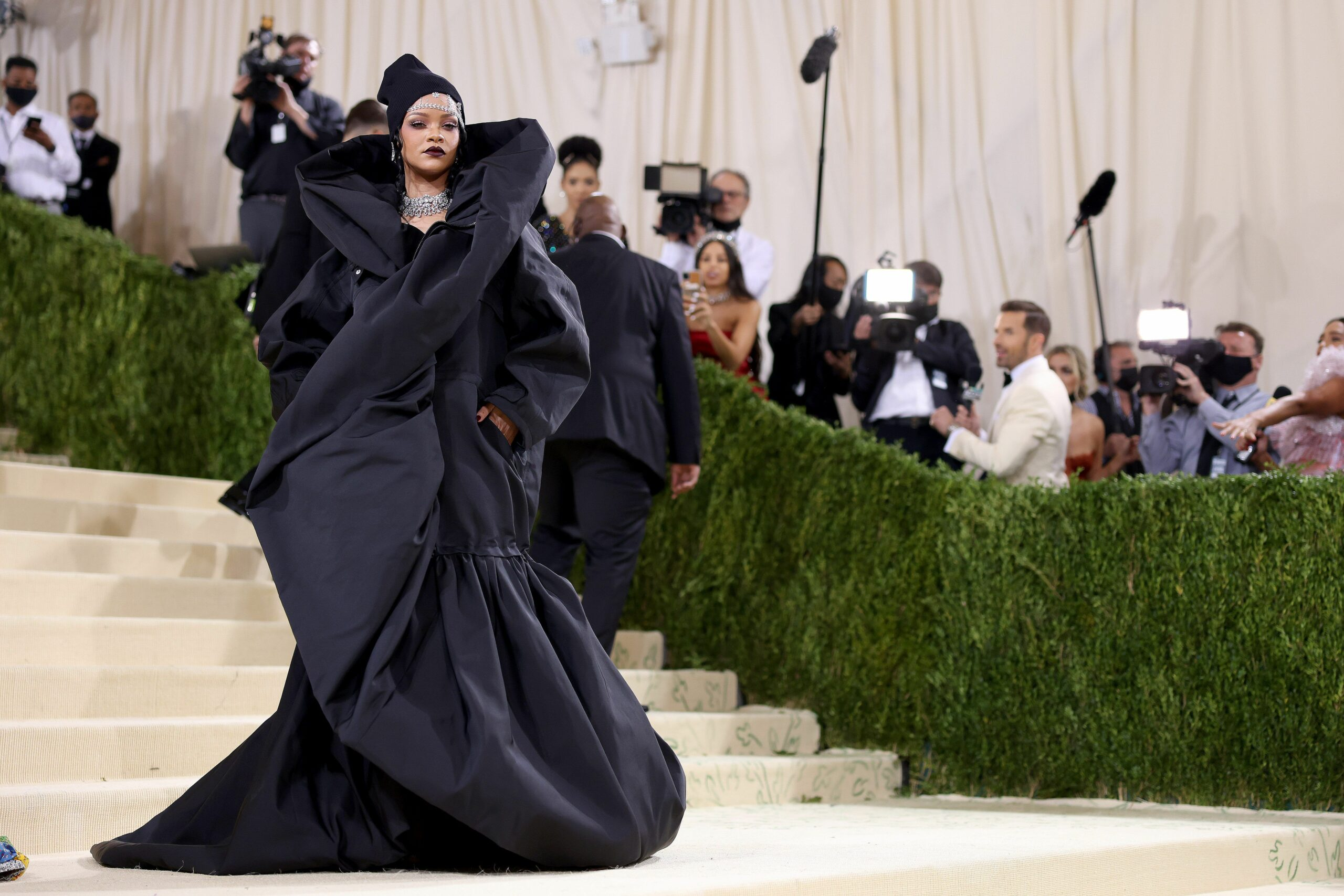All the Most Fashionable and Talked-About Looks From the 2021 Met Gala
