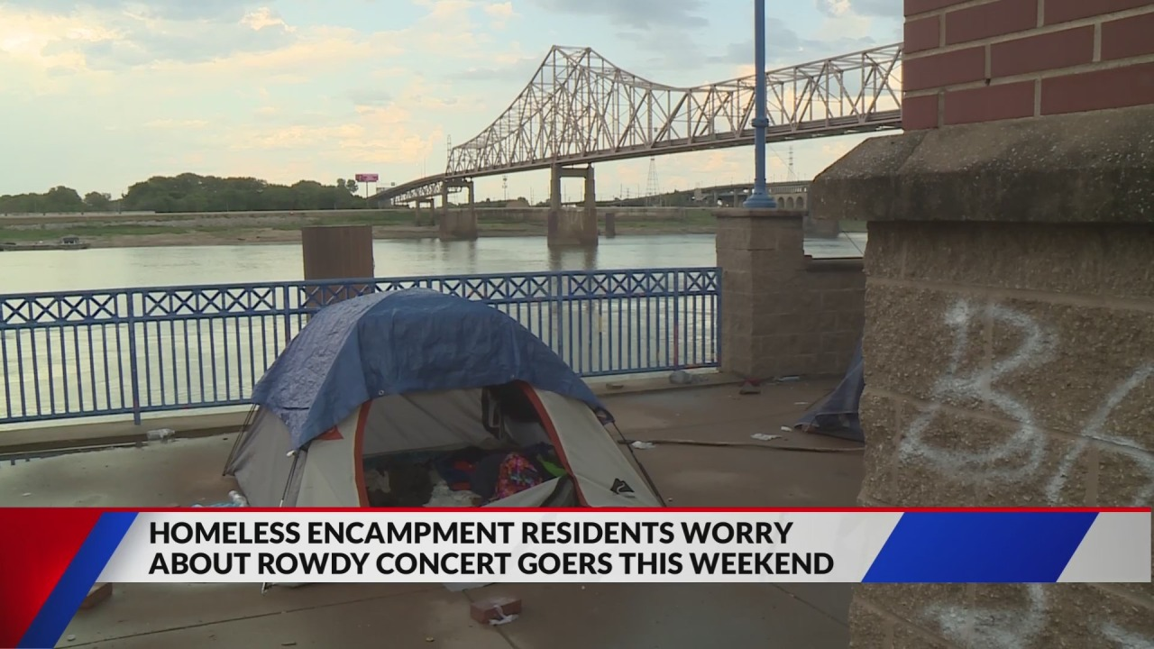Rowdy crowds concern homeless camp near St. Louis Concert series