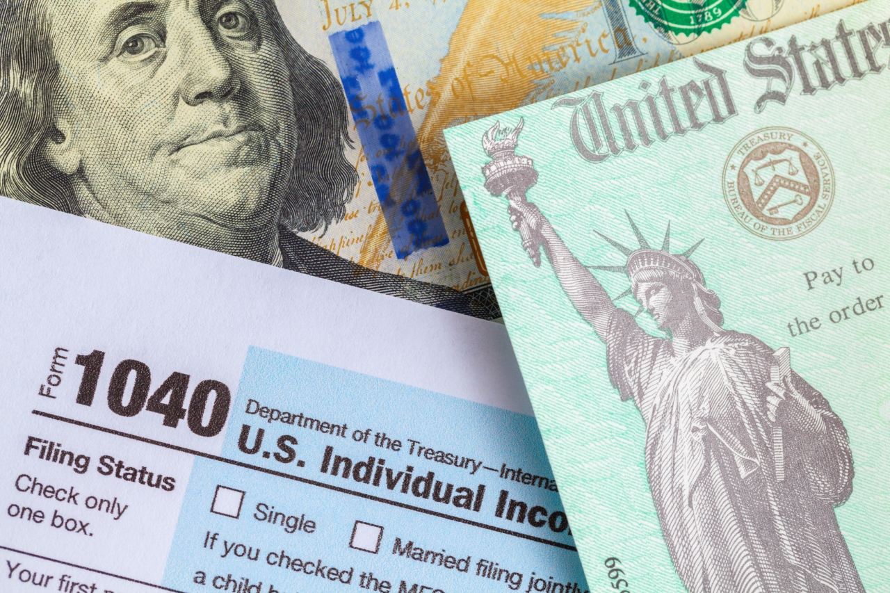 Proposal to close 'tax gap' could give IRS more information about your bank account