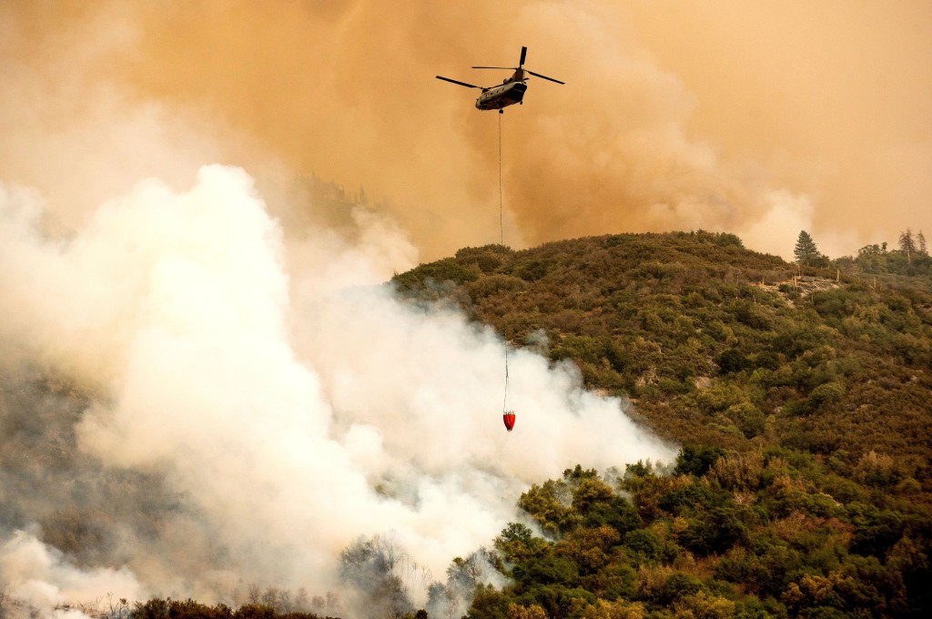 Sequoia National Park fire: Crews wrapping world's largest trees with fireproof blankets