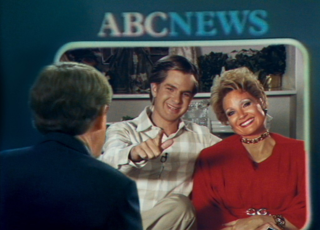 'Eyes of Tammy Faye' quite the garish spectacle
