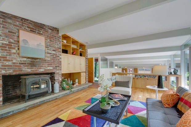 1631906330 749 Hot Property Lincoln mid century modern available for first time