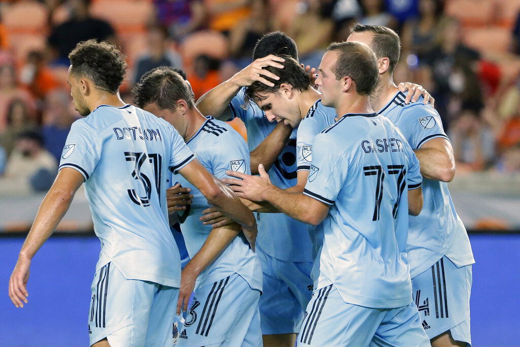 Out of a playoff spot, United feeling the pressure