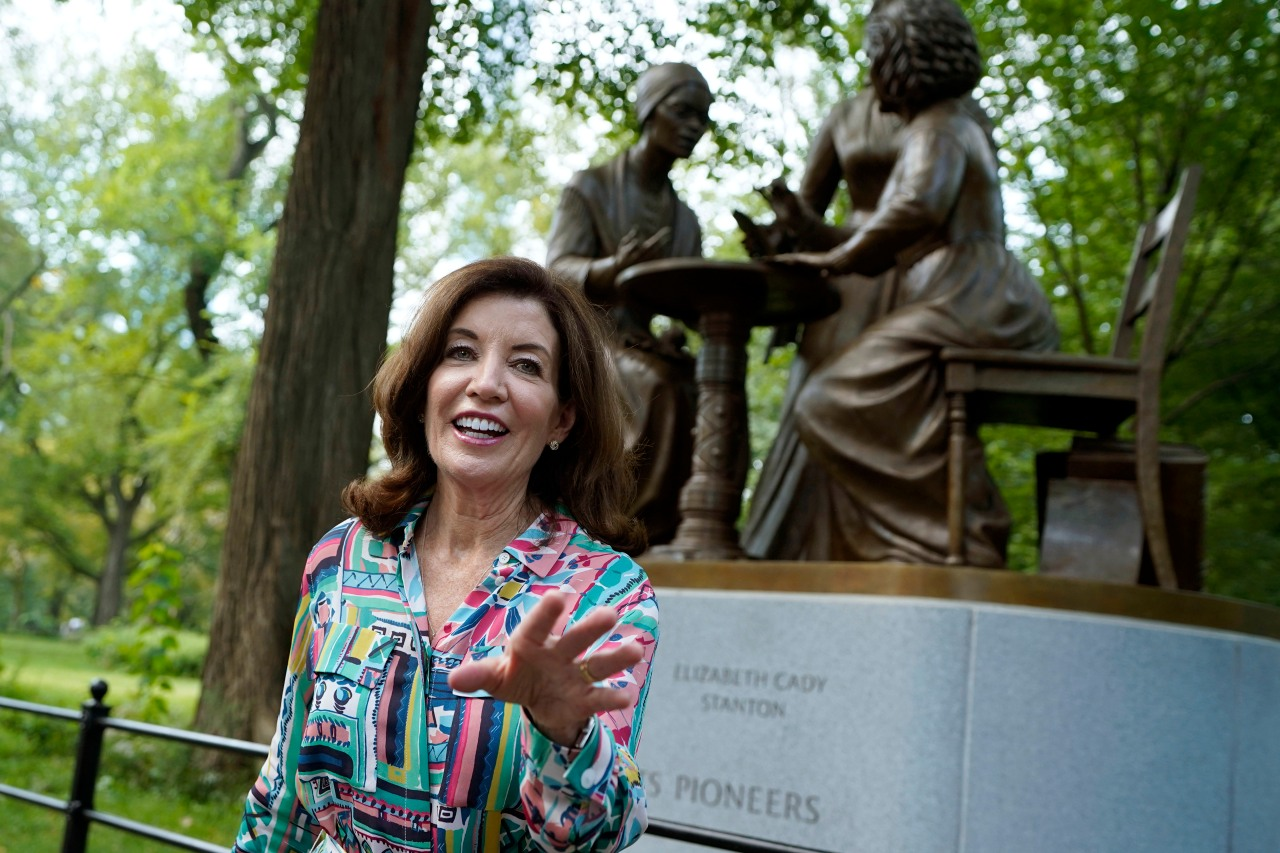 Hochul vows to fight lawsuit over vaccine mandate