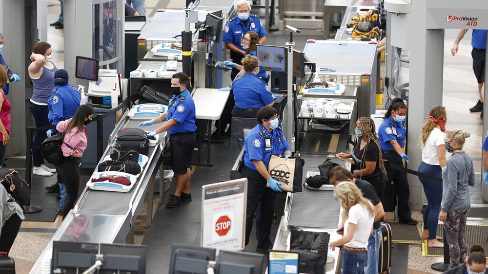 Over 10,000 TSA workers have had COVID-19: Which airports saw the most cases?
