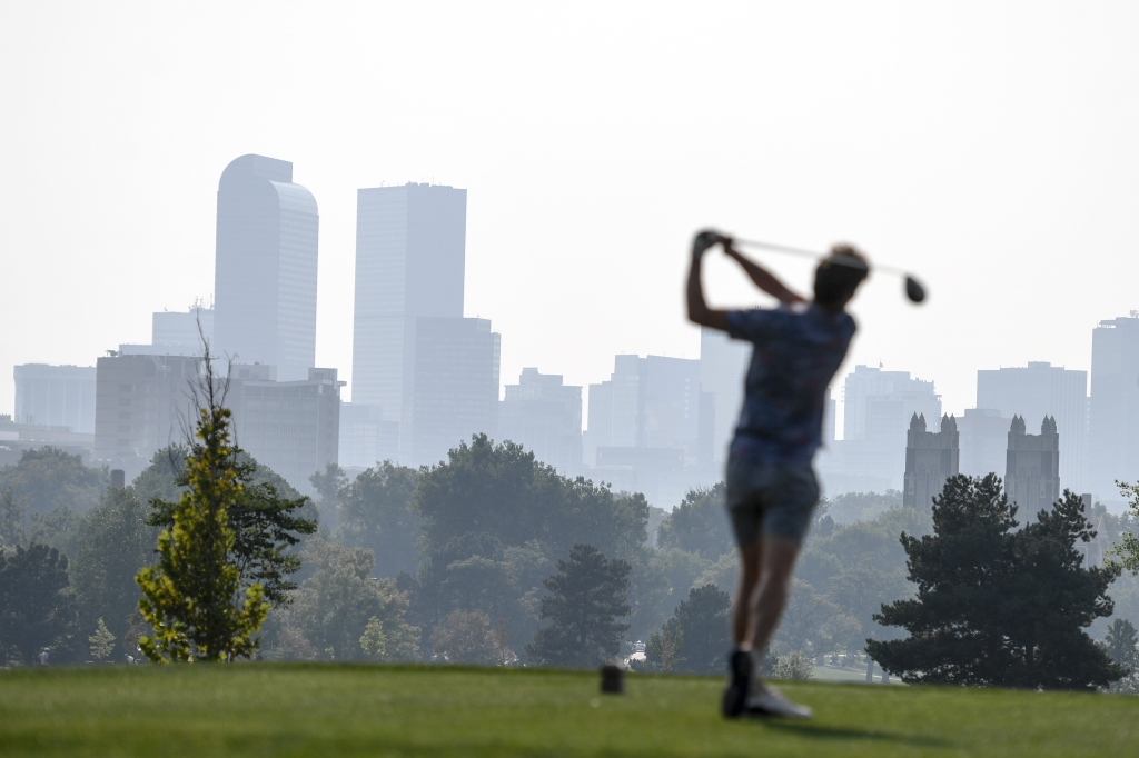 Denver weather: Summer-like heat hangs on in the city with highs in the lower 90s