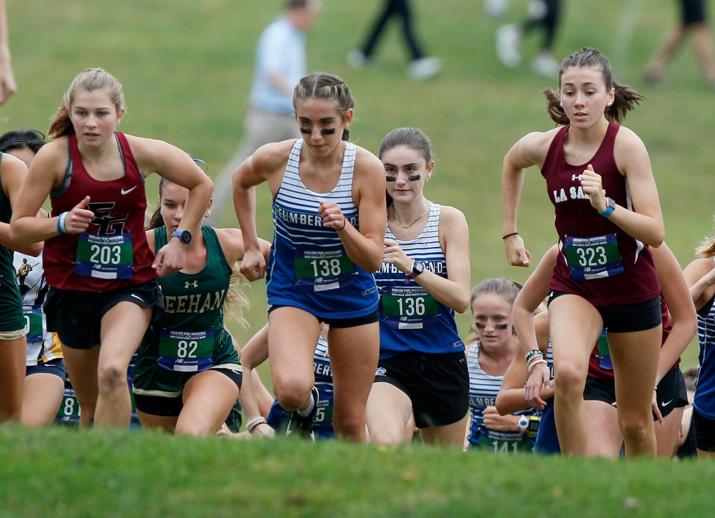 Rhode Islanders show out at Highland Park cross country meet