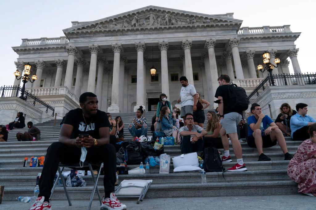 Bill to bring back eviction moratorium filed in Congress
