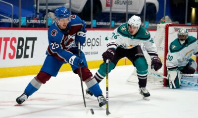 Avalanche extends Logan O'Connor, former DU Pioneers standout, to three-year contract