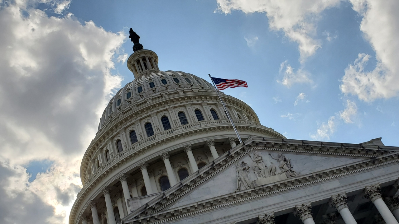 Senate Republicans hold out on debt ceiling as shutdown looms