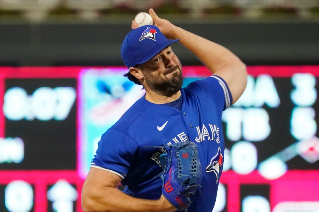 Twins no match for Robbie Ray as Blue Jays roll, 6-1