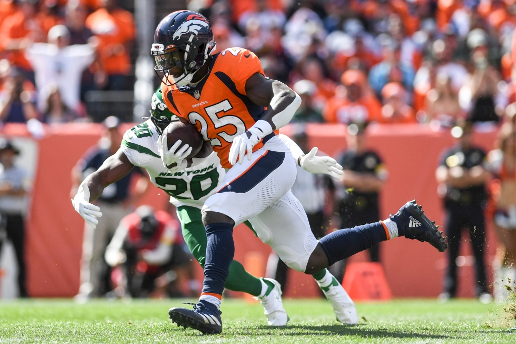 Broncos Report Card: Defense leads the way in shutout of Jets