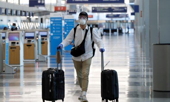 Travel industry taking another hit as COVID cases rise, airlines warn