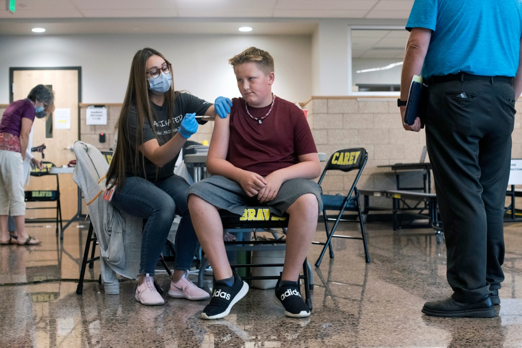 Low vaccine rate highlights Wyoming conservative streak