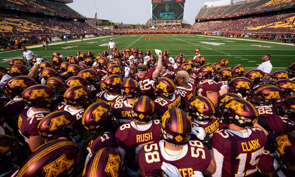 Bloody and bruising, Gophers tight end Ko Kieft is the poster boy for 'the attitude of this team'