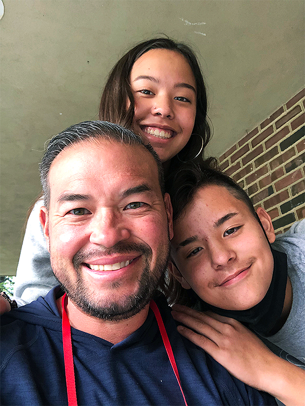 1633650603 5 Jon Gosselin Reveals How Daughter Hannah 17 Is Helping Out