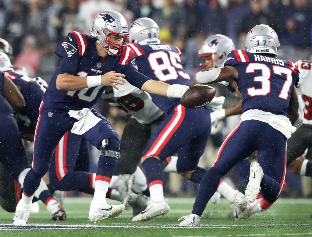 The Patriots must run the ball better soon — but it might take longer than expected