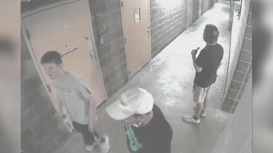 Police need help identifying three men caught stealing from Chesterfield Mall
