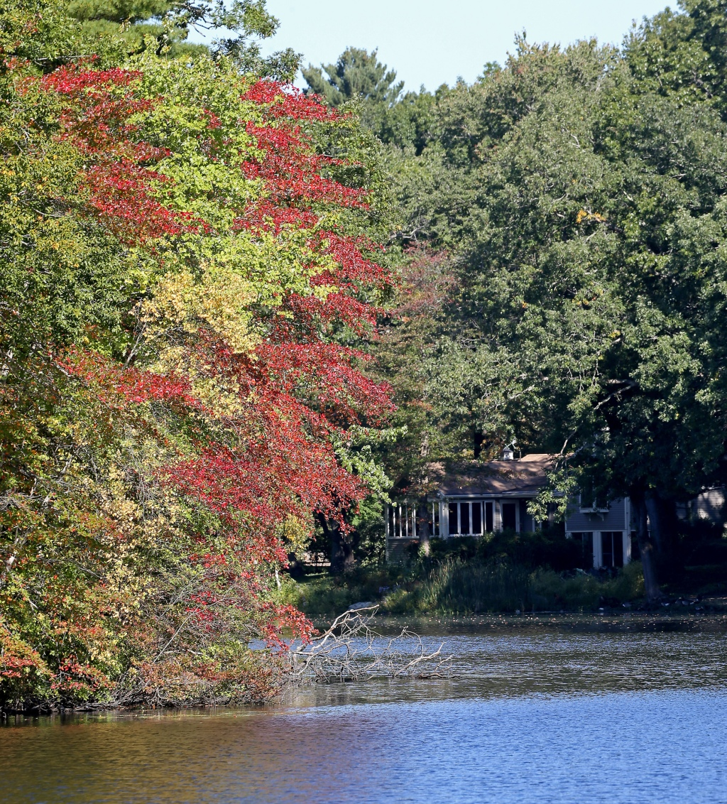 In most parts of the state, prime leaf-peeping weather is just around the corner