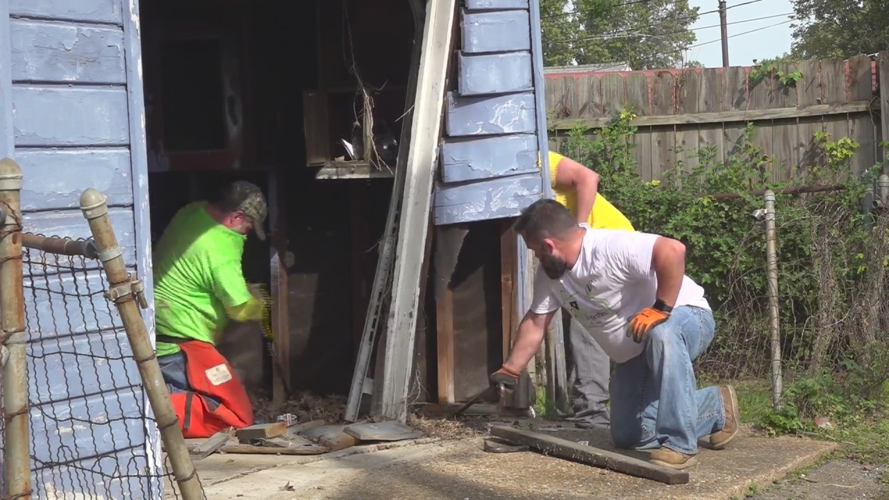 'This is truly a blessing'- Homeowners receive free repairs from volunteers