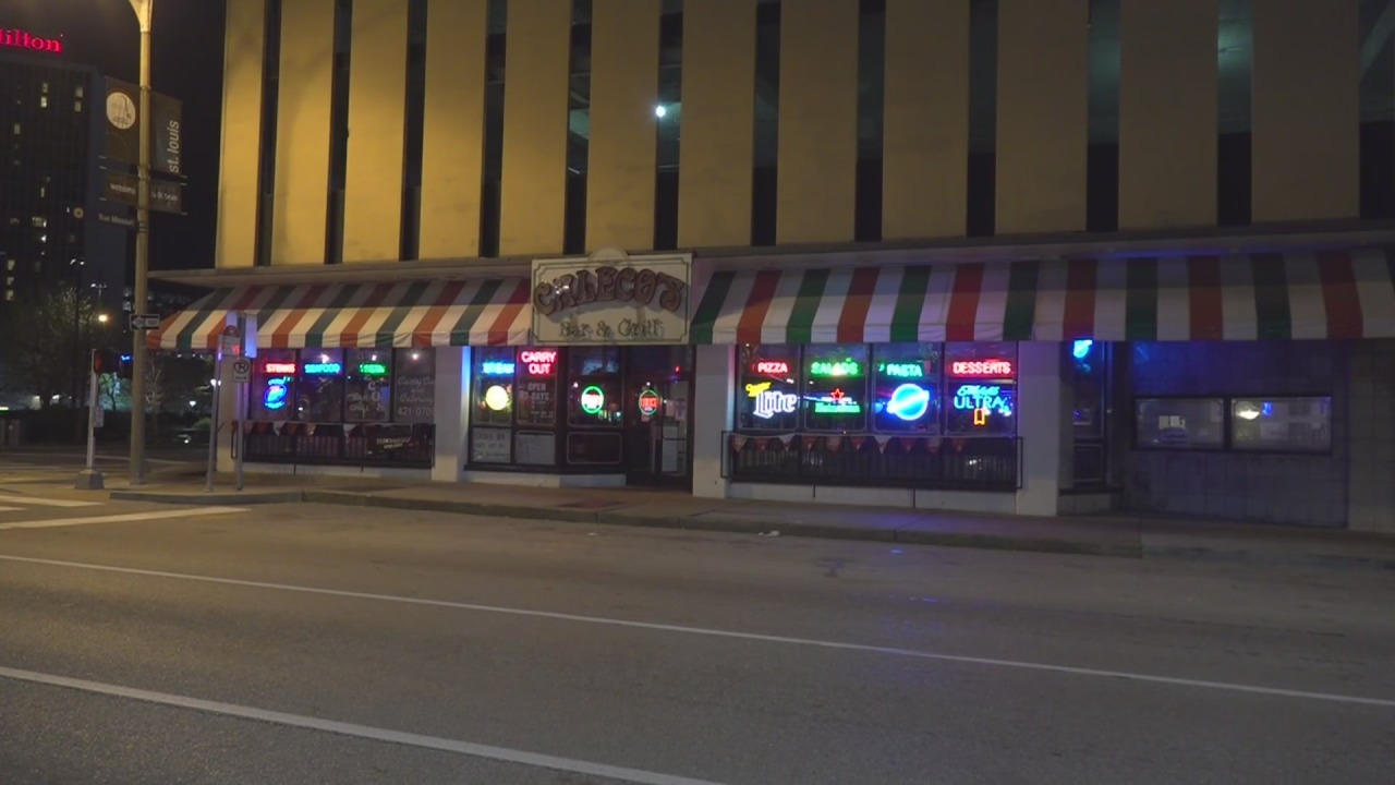 Downtown's Caleco's Bar and Grill has permanently closed