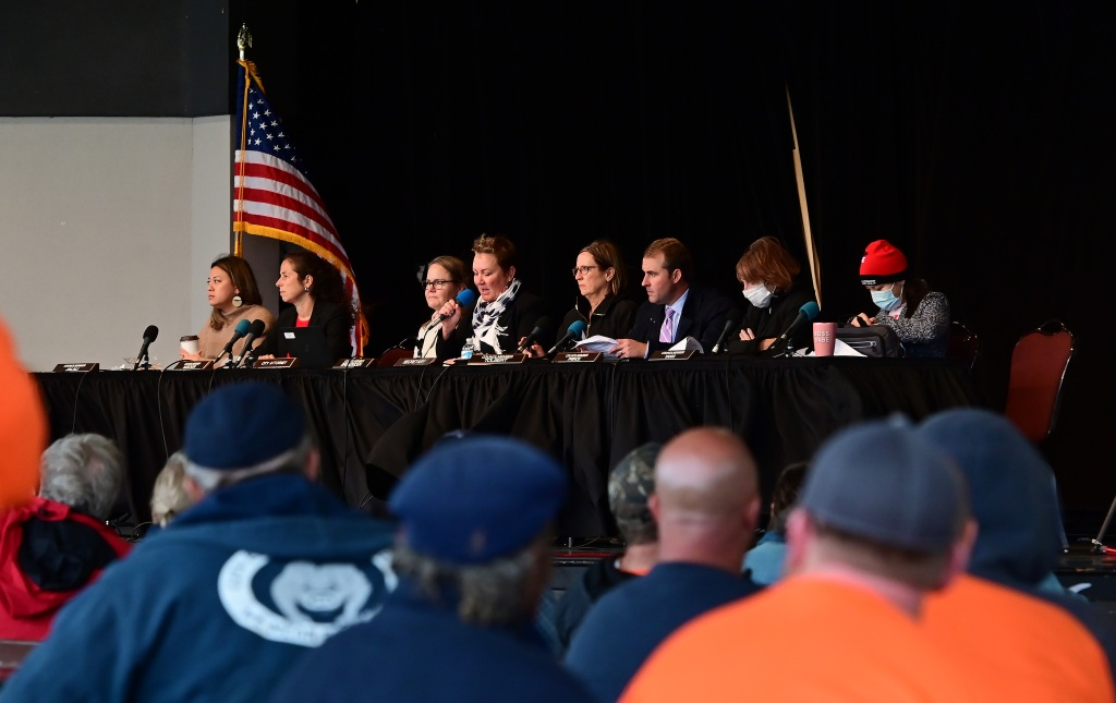 St. Paul City Council holds first in-person meeting in 18 months, hears from unions on raises, COVID-19