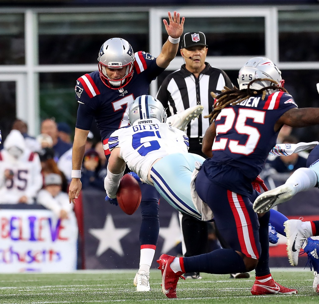 Patriots having two blocked punts a sore subject with Bill Belichick