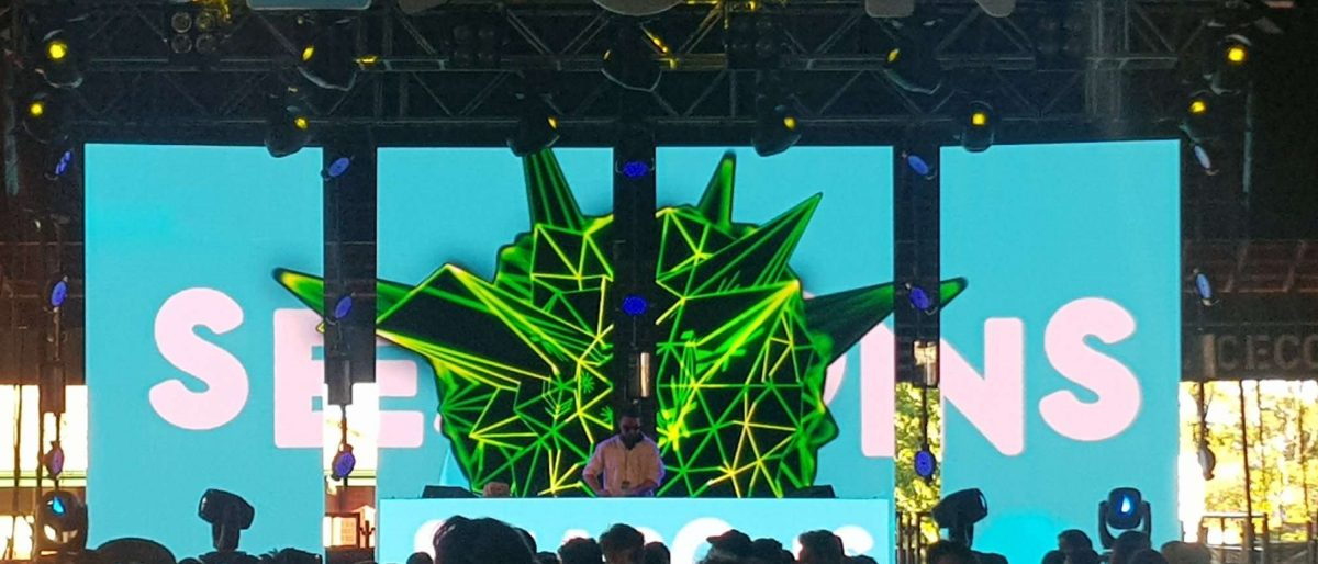 LED screens for hire